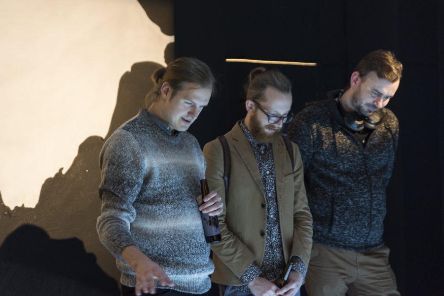Sten Saarits ja Edgar Tedresaar_Must kuld avamine_02_Kaisa Maasik
