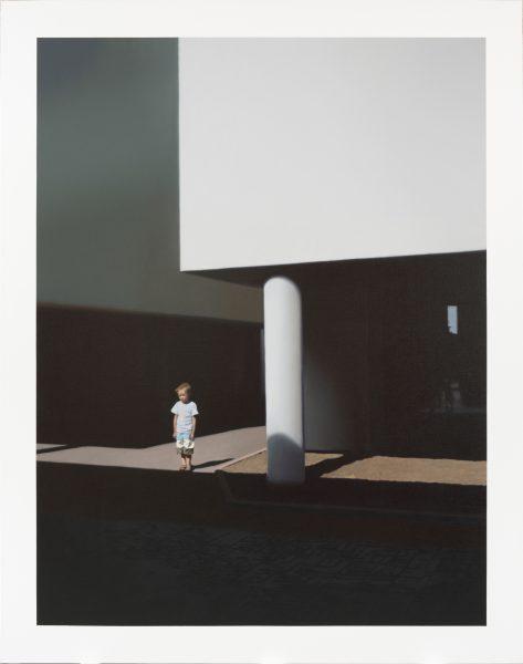 Arhitektuurifoto-väikese-poisiga.-Õlimaal-lõuendil-I,-Õli,-lõuend.-2013,-autori-omand